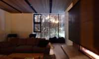 Jun Lounge Area with Outdoor View | Lower Hirafu