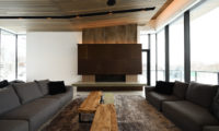 Jun Indoor Living Area | Lower Hirafu
