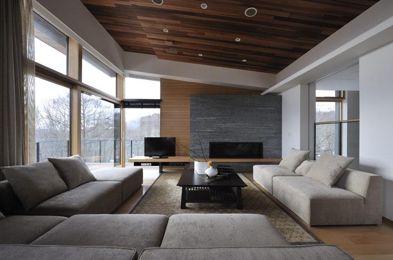 Niseko Kasetsu Lounge Room with TV | Lower Hirafu