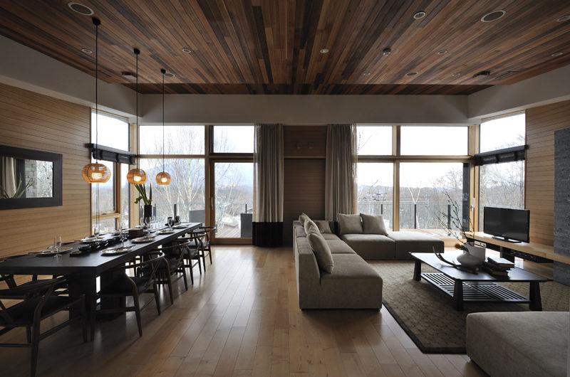 Niseko Kasetsu Indoor Living and Dining Area | Lower Hirafu