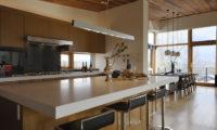 Niseko Kasetsu Kitchen and Dining Area | Lower Hirafu