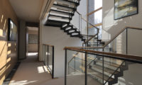 Niseko Kasetsu Way to Stairs | Lower Hirafu