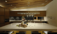 Niseko Kasetsu Kitchen Area | Lower Hirafu