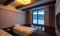 Lodge Hakuunso Twin Bedroom with TV | Upper Hirafu