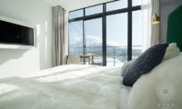 Loft Niseko Bedroom View | Middle Hirafu