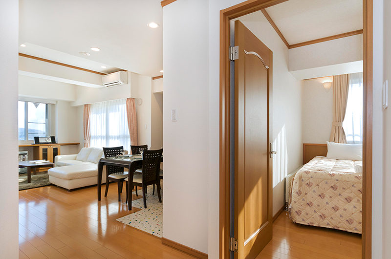 Mountainside Palace Bedroom View | Upper Hirafu