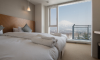 Niseko Landmark View Two Bedroom Premium Bedroom with Mountain View | Upper Hirafu