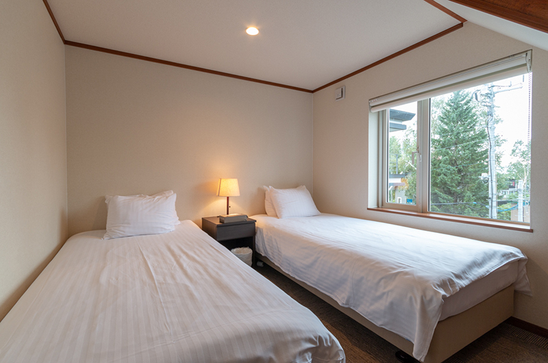 Powder Cottage Twin Bedroom with View | Middle Hirafu Village