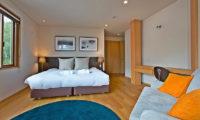 Seshu Twin Bedroom with Sofa | Lower Hirafu
