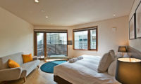 Seshu Twin Bedroom with Sofa and Balcony | Lower Hirafu