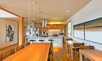 Seshu Kitchen and and Dining Area | Lower Hirafu