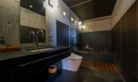 Suiboku Bathroom with Mirror | Upper Hirafu Village