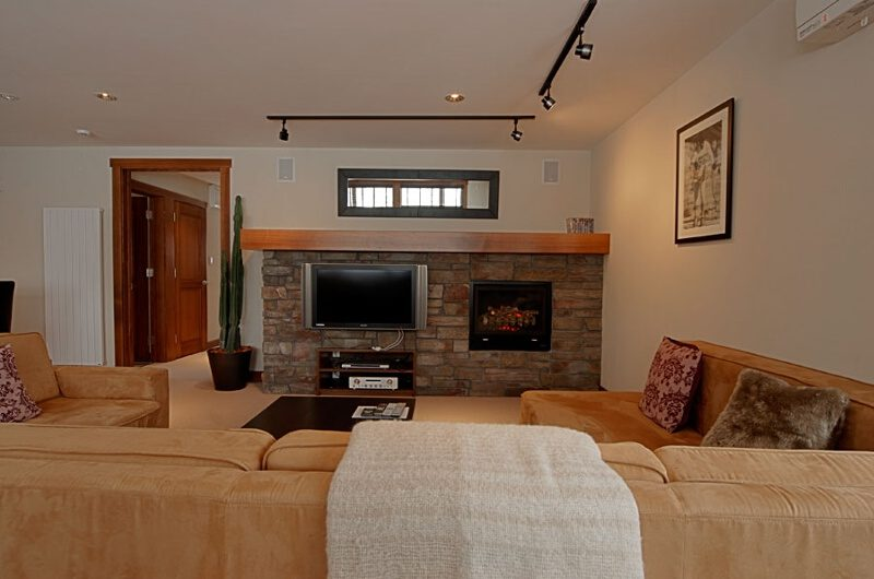 The Lodge Living Area with TV | Upper Hirafu
