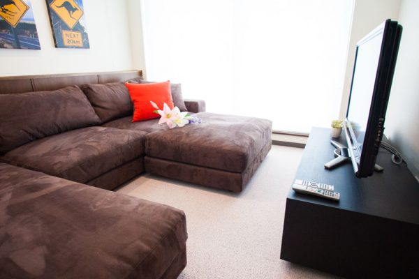 Toshokan Townhouses Lounge Area with TV | Middle Hirafu
