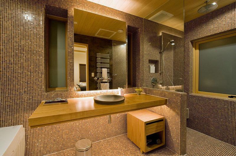 Tsubaki En-Suite Bathroom | Lower Hirafu