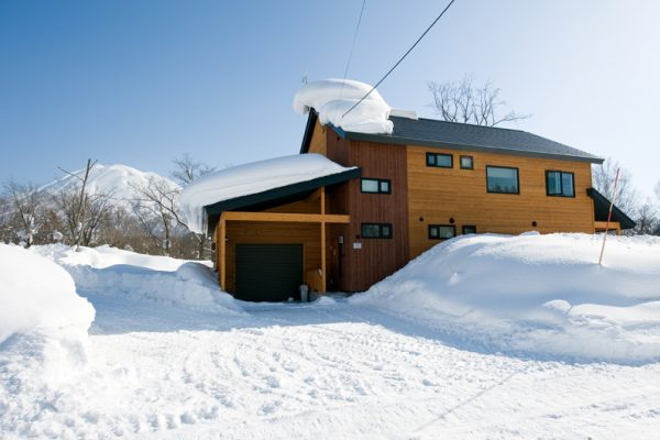 The Chalets at Country Resort Erimo Outdoor Area with Snow | West Hirafu