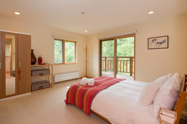 The Chalets at Country Resort Atsuma Spacious Bedroom | West Hirafu