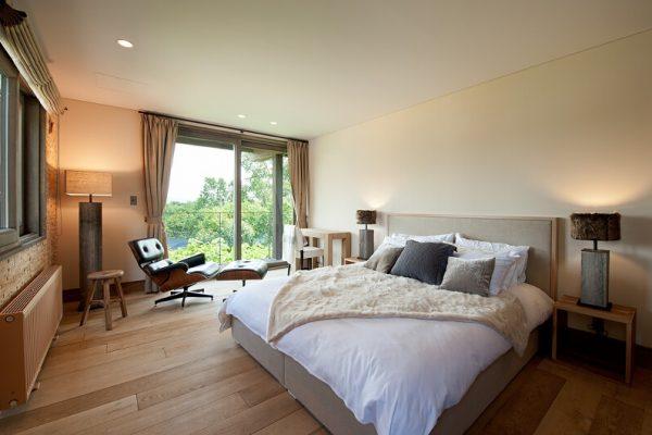 Akatsuki Bedroom and Balcony | Middle Hirafu Village