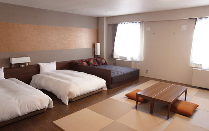 Niseko hotels full range of hotels and resorts in niseko for Boutique hotel alpen