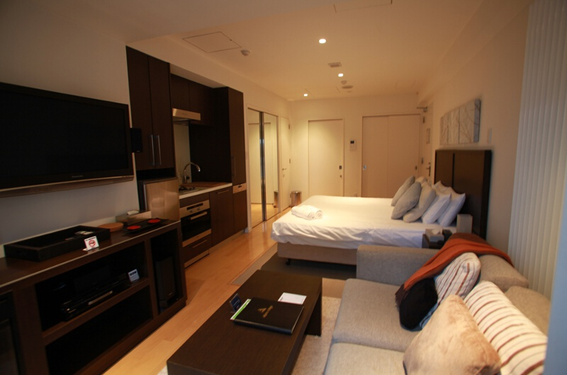 Alpen Ridge Bedroom with Seating Area and TV | Upper Hirafu Village