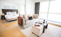 Alpen Ridge Bedroom with Sofa | Upper Hirafu Village