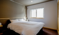 Birch Grove Bedroom with Window | Lower Hirafu
