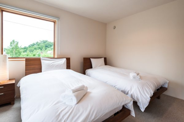 The Chalets at Country Resort Akkeshi Twin Bedroom | West Hirafu