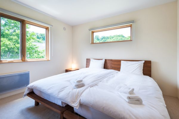 The Chalets at Country Resort Towada Bedroom with Carpet | West Hirafu
