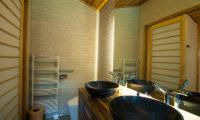 Creekside His ans Hers Bathroom | Annupuri