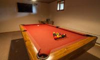 Creekside Billiard Table | Annupuri
