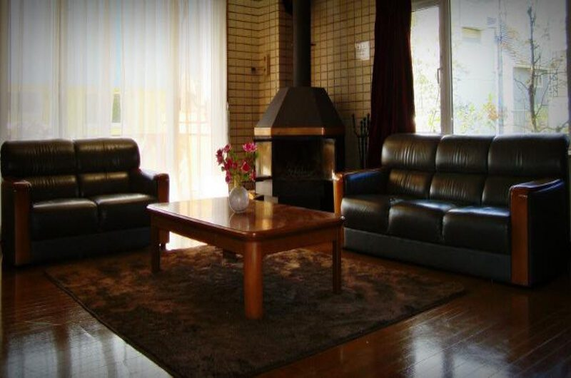 Forest Star Lodge Living Area | Lower Hirafu