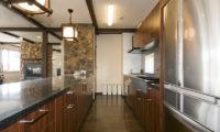 Futagoyama Five Bedroom Chalet Kitchen | Middle Hirafu Villag