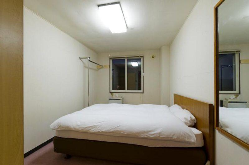 Inn Niseko Bedroom with Mirror | Upper Hirafu