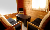 Izumikyo Rental Cottages Lounge Area | East Hirafu