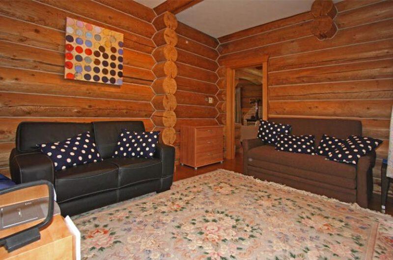 Kabayama Log House Lounge Room | West Hirafu