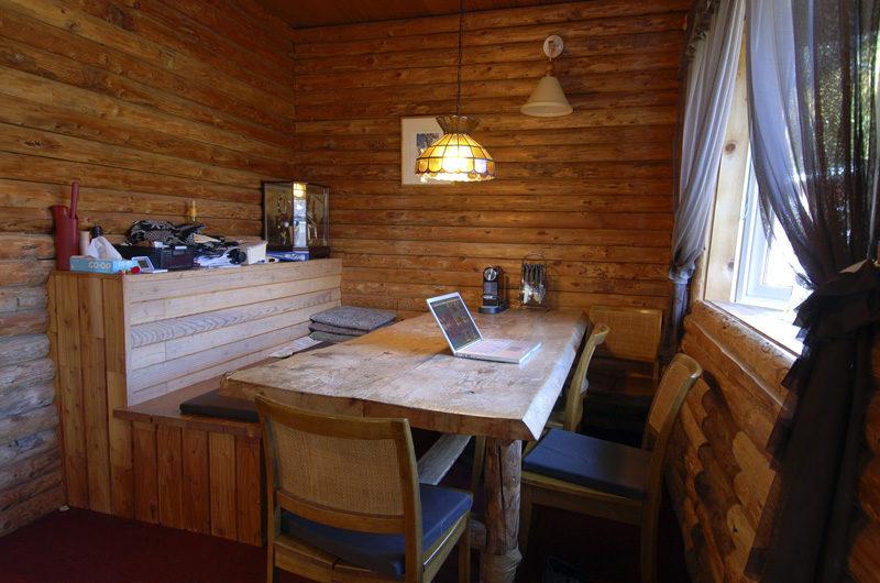 Lodge Mokoro Dining Area | Annupuri