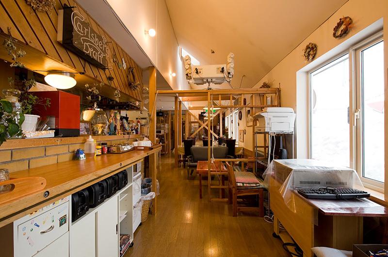 Moorea Lodge Living and Seating Area | Middle Hirafu