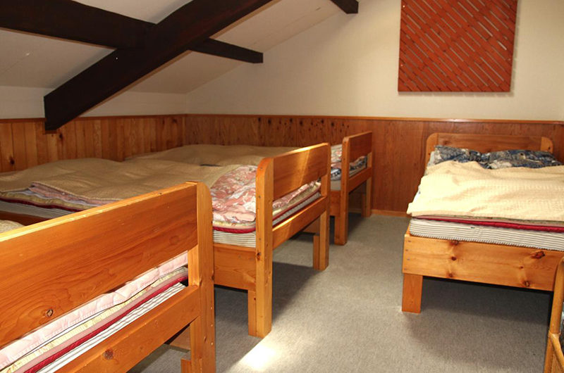 Moorea Lodge Bedroom with Four Beds | Middle Hirafu