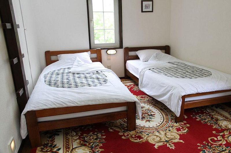 Moorea Lodge Twin Bedroom | Middle Hirafu