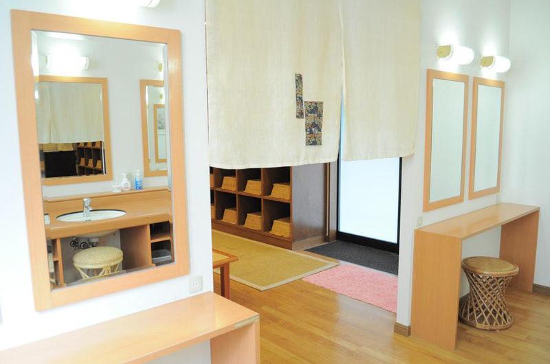 Niseko Park Hotel Dressing Area | Upper Hirafu