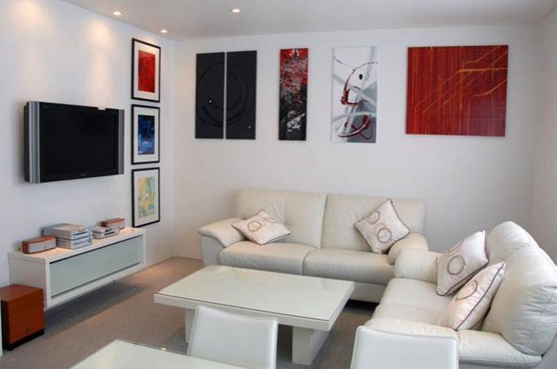 Niseko Star Chalet Living Area with TV | East Hirafu