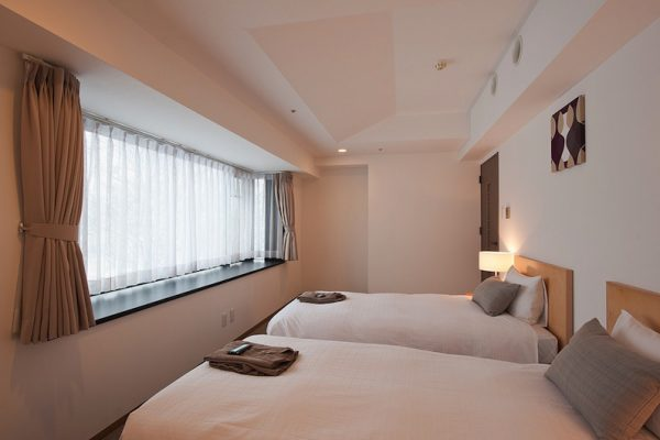 One Niseko Resort Towers Twin Bedroom with Window | Moiwa