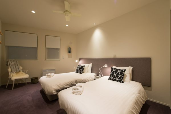 The Orchards Niseko Comfort Bedroom with Twin Beds | West Hirafu