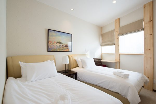 The Orchards Niseko Akagashi Twin Bedroom | West Hirafu