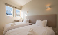 The Orchards Niseko Classic Shion Twin Bedhroom | West Hirafu