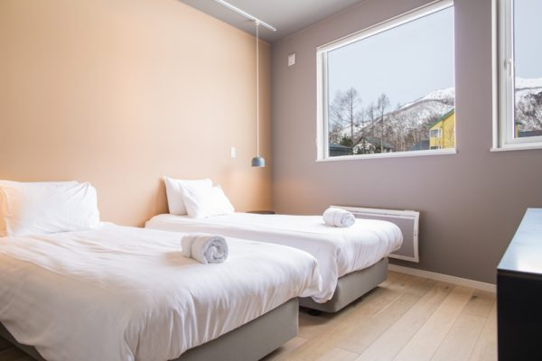 The Orchards Niseko Momiji Twin Bedroom | West Hirafu