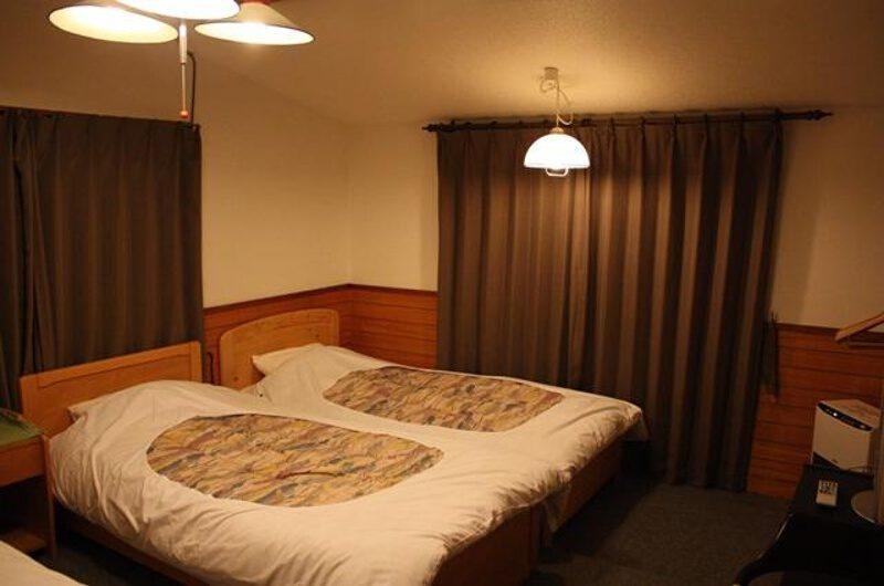 Pension Berg Bedroom | Upper Hirafu