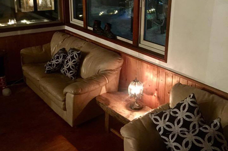 Pension Full Note Seating Area | Middle Hirafu