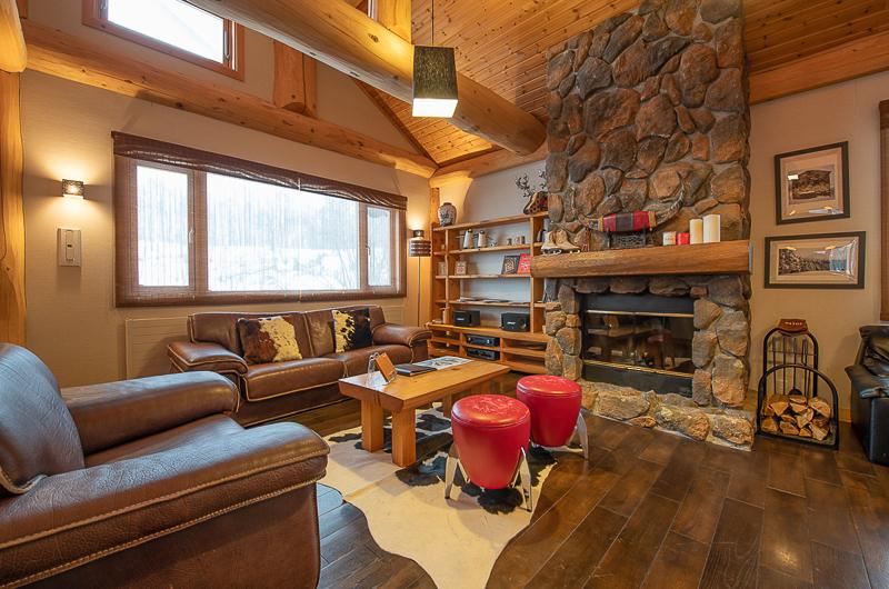 Shin Shin Living Area with Fireplace | Lower Hirafu