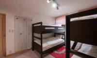 Shin Shin Bunk Beds with Hanging Area | Lower Hirafu